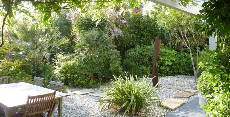 maison d'hôtes arbolateia-jardin luxuriant