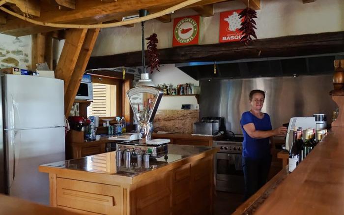 maison Azkena-table d'hôtes-cuisine