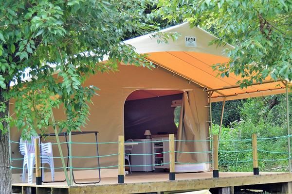 Les Terrasses de Xapitalia-tente lodge-hasparren