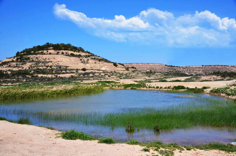 Desert des Bardenas lac Pays Basque Espagne