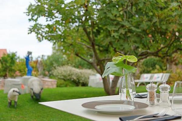 Hotel de Silhouette-restaurant au jardin-Biarritz
