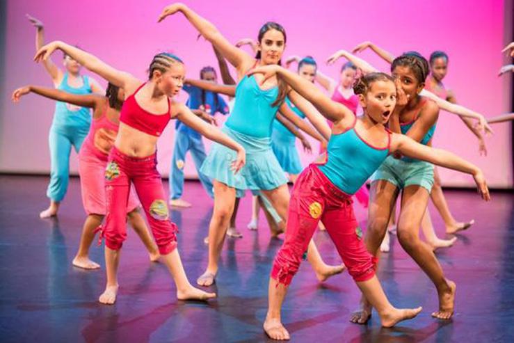 Danse Moderne-mercredi-Grenadine et Crayonnade