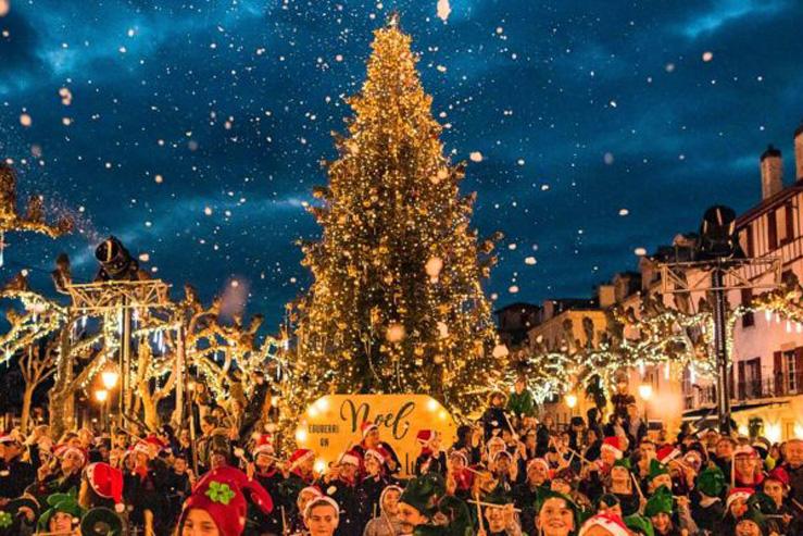 Saint Jean de Luz-Noël 2019-parade-Pays Basque